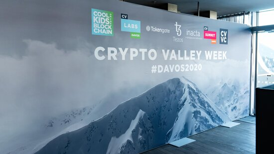 [Translate to EN:] InCore Bank an der Crypto Valley Week 2020 in Davos